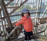 Lilia est montée dans la Tour Eiffel!!!!